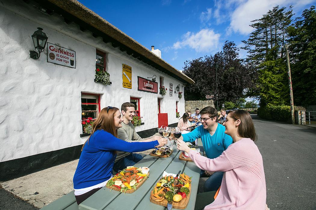 Lough Derg Blueway_ Larkins Bar and Restaurant_ Garrykennedy_ Co. Tipperary (Brian Morrison) (2)_websize